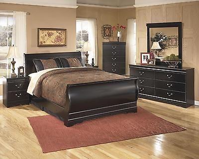 Bedroom Sets 20480 Huey Vineyard Traditional Black Finish 5 Pc Full