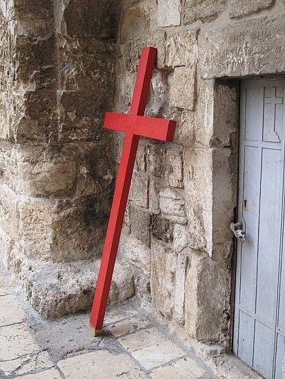 La cruz, Cristo la santificó, la convirtió de un signo de muerte a un signo de vida eterna.