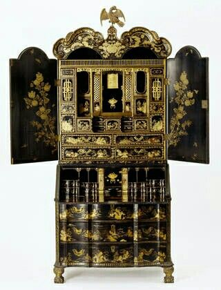 Bureau-cabinet, about 1730, China. Museum no. W.28-1935. ©Victoria and Albert Museum
