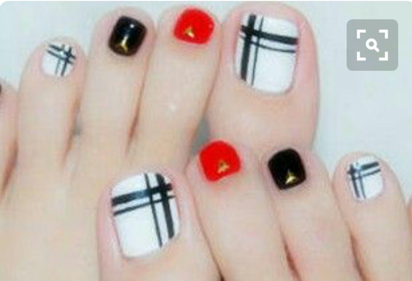 Pin By Charlene Mckay On Toes Pinterest Pedicure Nail Art