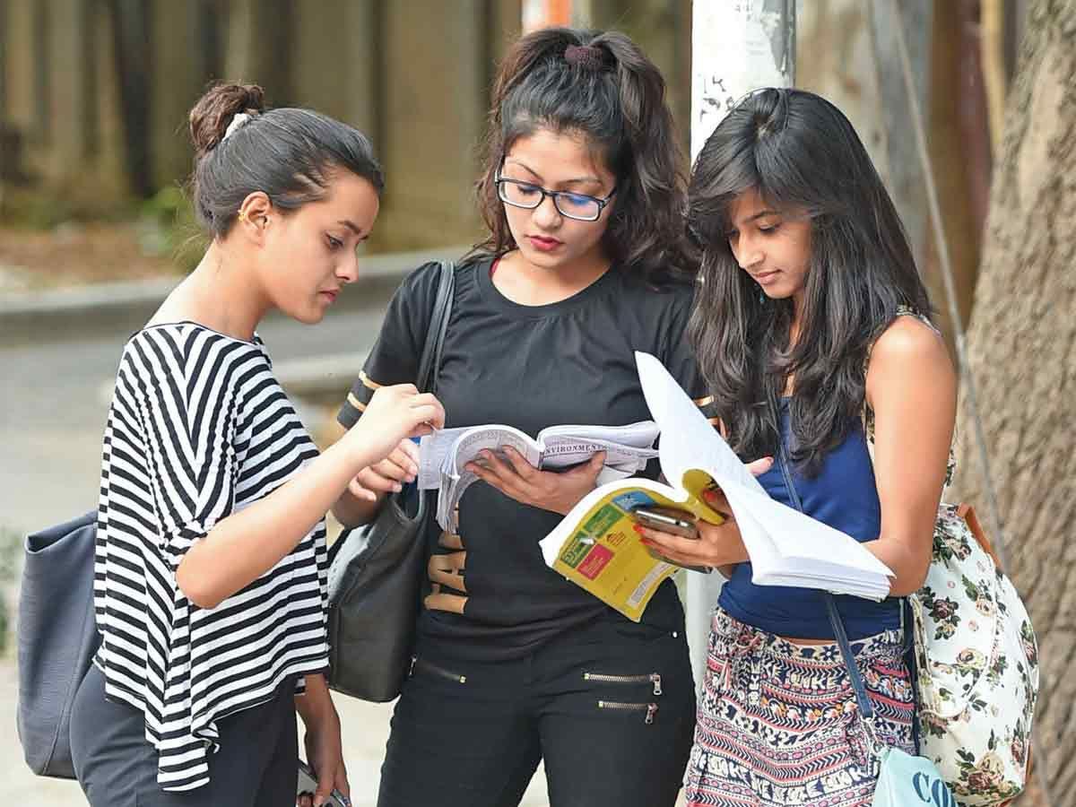 Karnataka UG/PG intermediate semester students to be