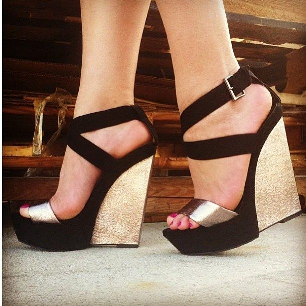 f8bdd898cd2 36 Awesome black and gold wedge shoes images | Black high heels ...