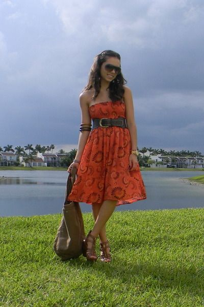 Red-forever-21-dress-brown-steve-madden-shoes-brown-abercrombie-and-fitch-pu
