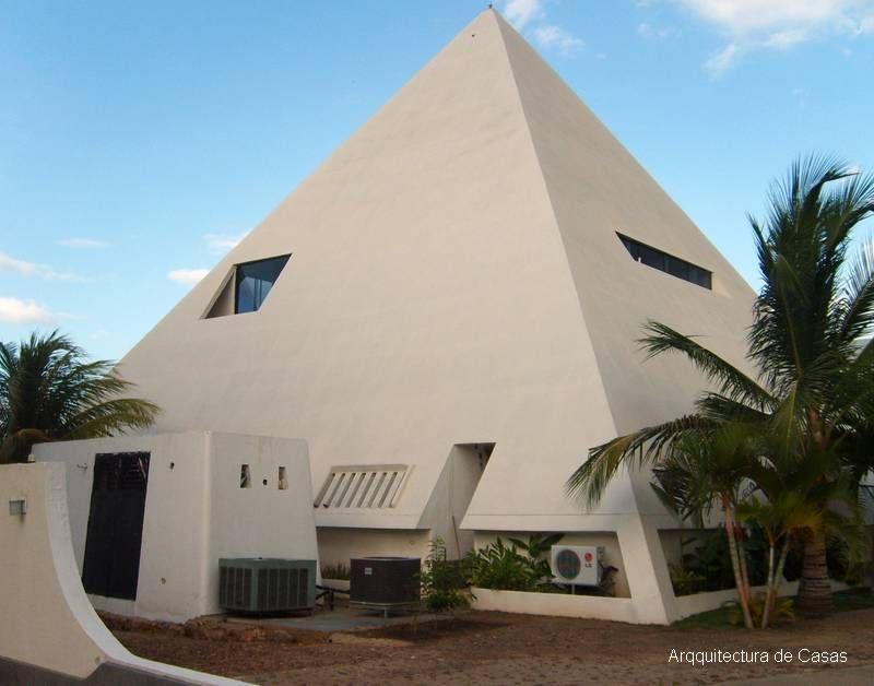 Casa Piramide Parte De Atras Casas Espectaculares