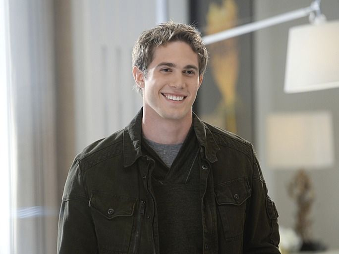 Adam Foster Supergirl Google Search Blake Jenner Supergirl Season Blake Jenner Supergirl