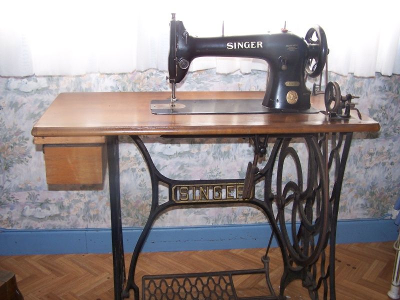 vends ancienne machine a coudre singer 31k15 couture mac. Black Bedroom Furniture Sets. Home Design Ideas
