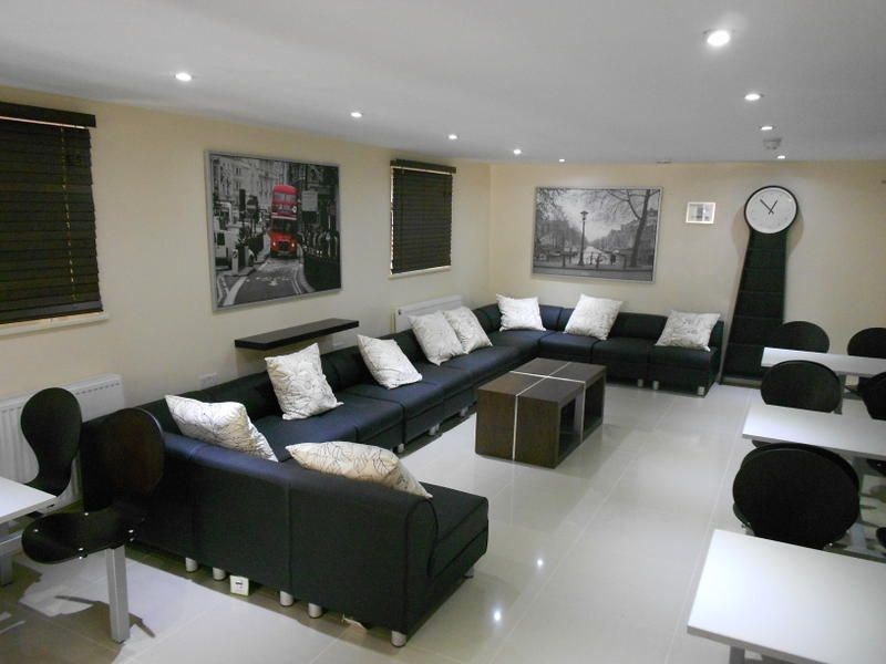247 london hostels and studio apartments in london england find