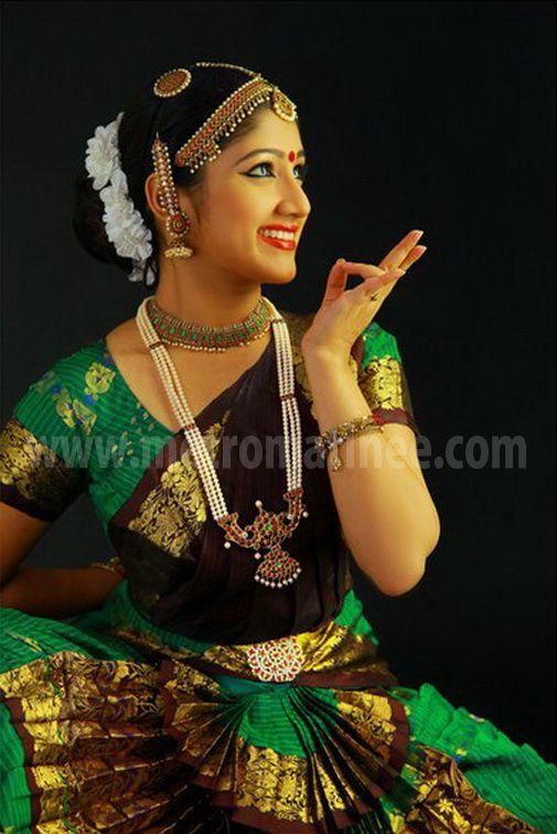 Akhila Sasidharan In Saree