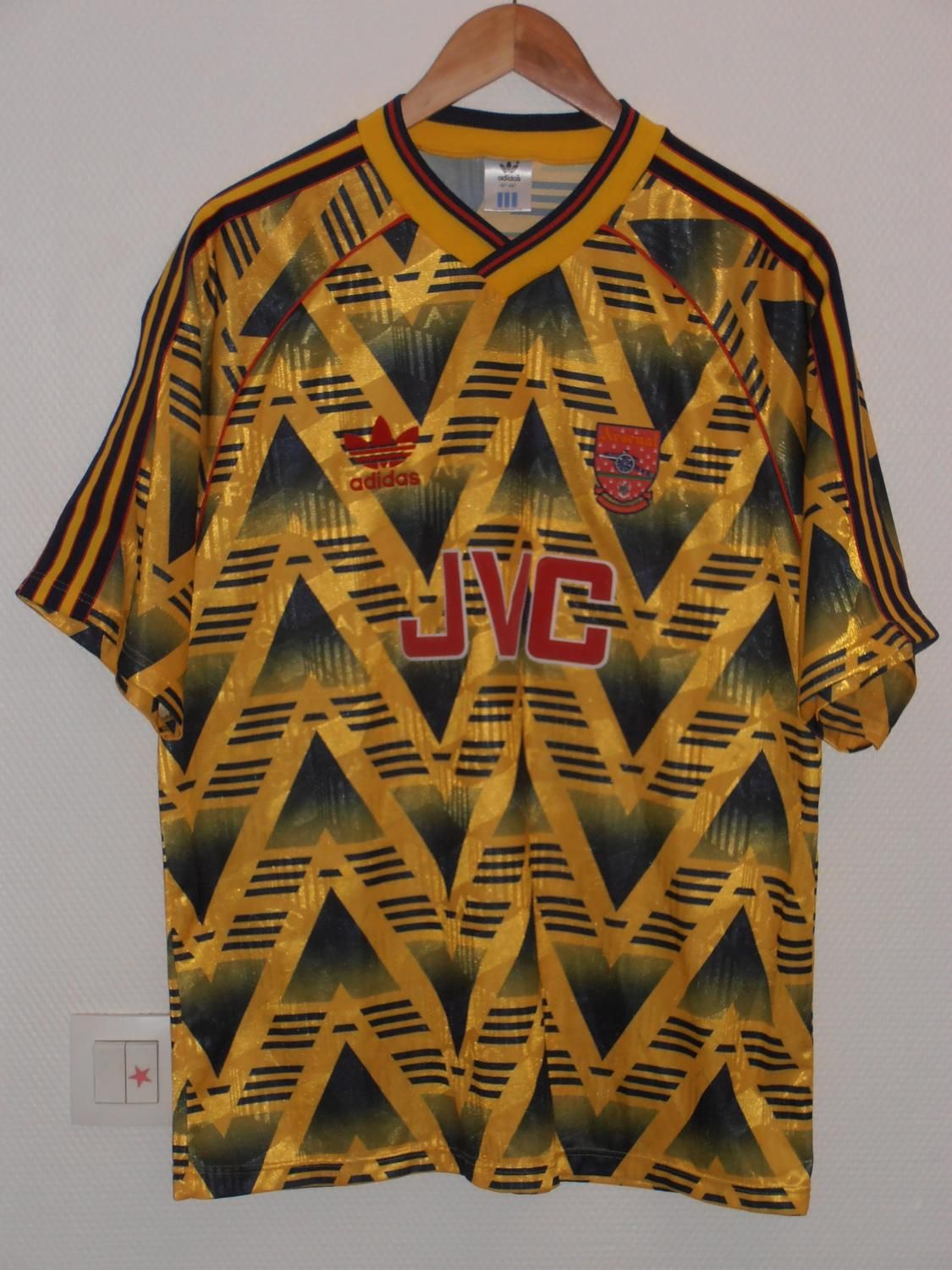 9fa9de78358 Arsenal football shirt 1991 - 1993 -micro pattern -reference -archive