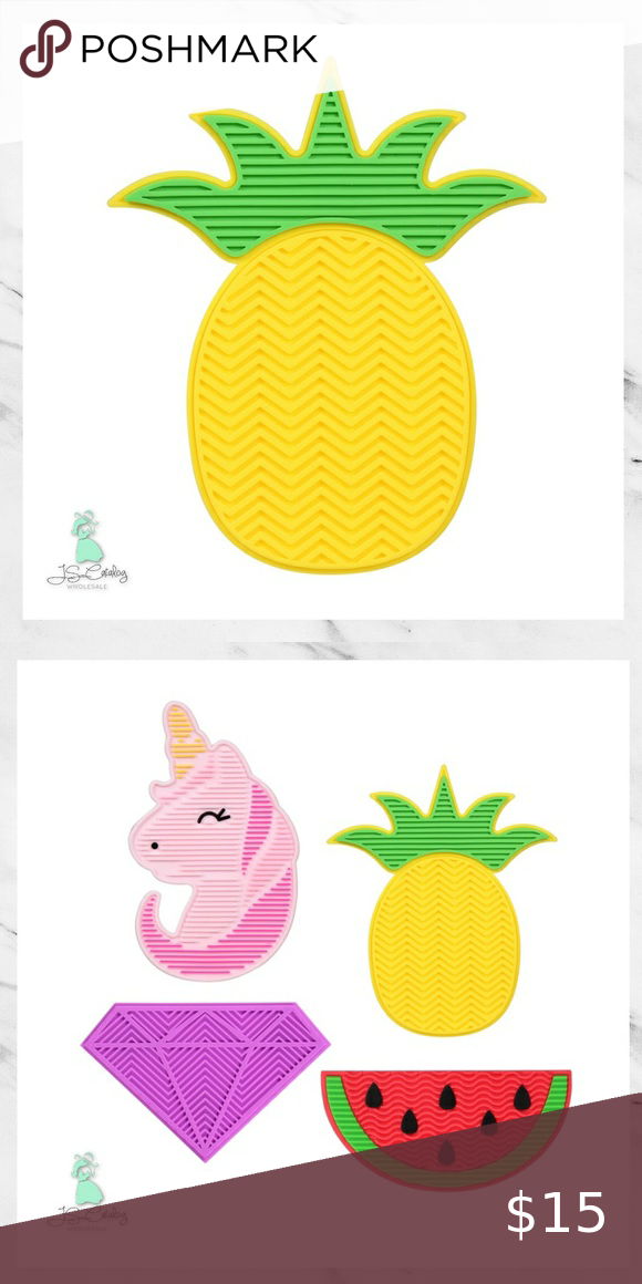 Pineapple Silicone Makeup Brush Cleaning Mat in 2020