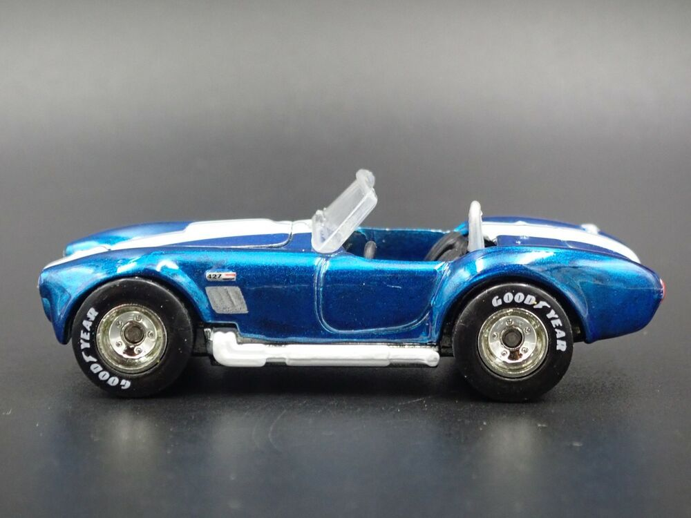 1965 Shelby Cobra 427 S C Rare 1 64 Scale Collectible Diorama