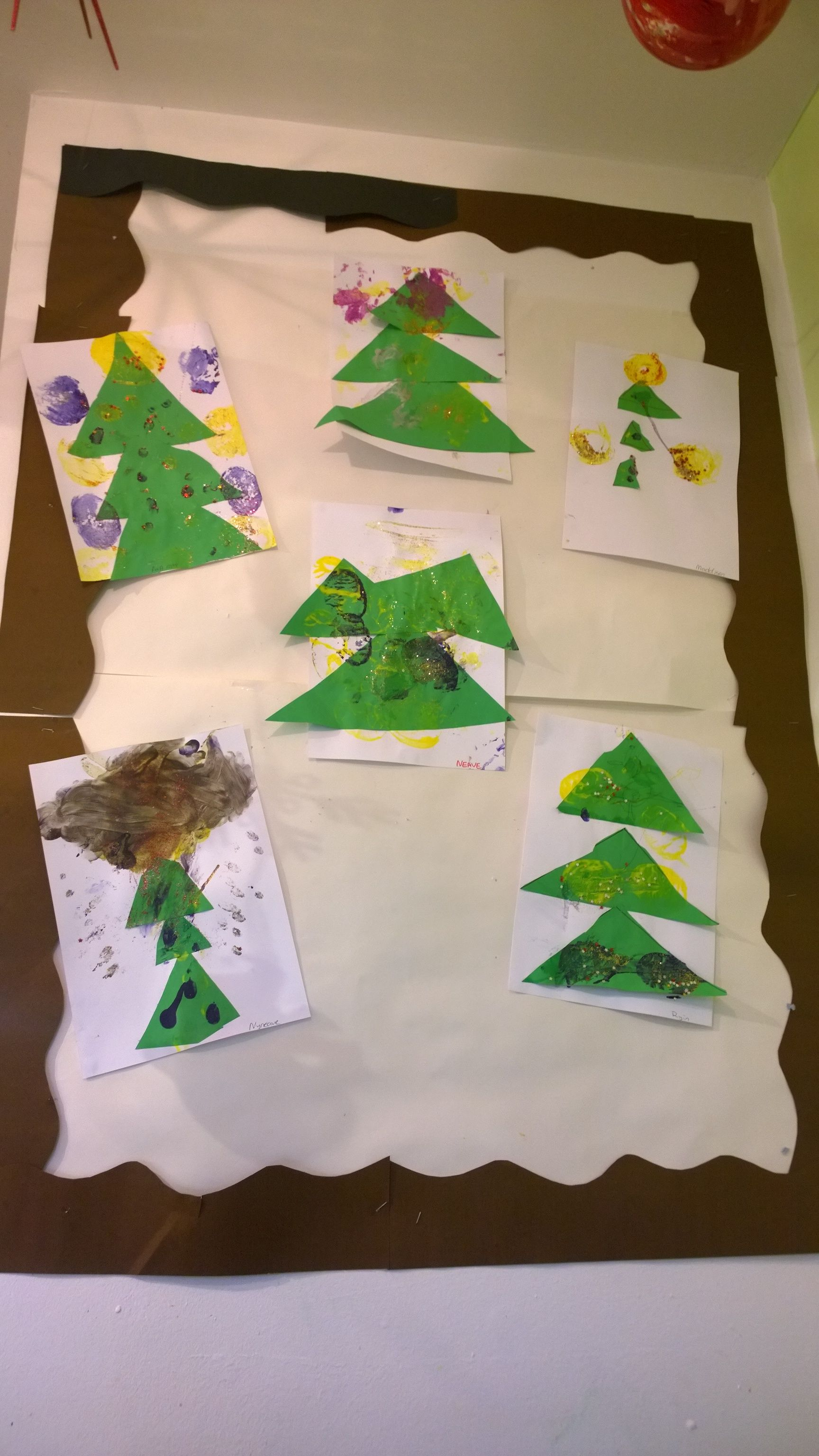 A great way teach children share and colours and Christmas theme