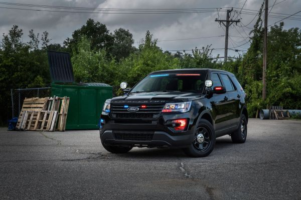 Ford Launches No Profile Lights On New Police Suvs Ford Police