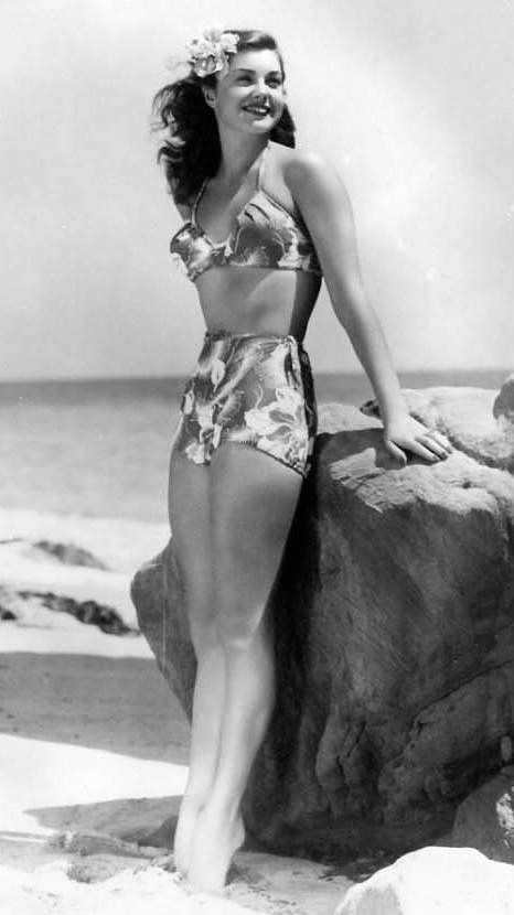 Esther Williams Swimsuit Sweetie Classic   Candy