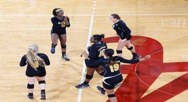 Asu Vs U Of A Volleyball Alabama State University Alabama State State University