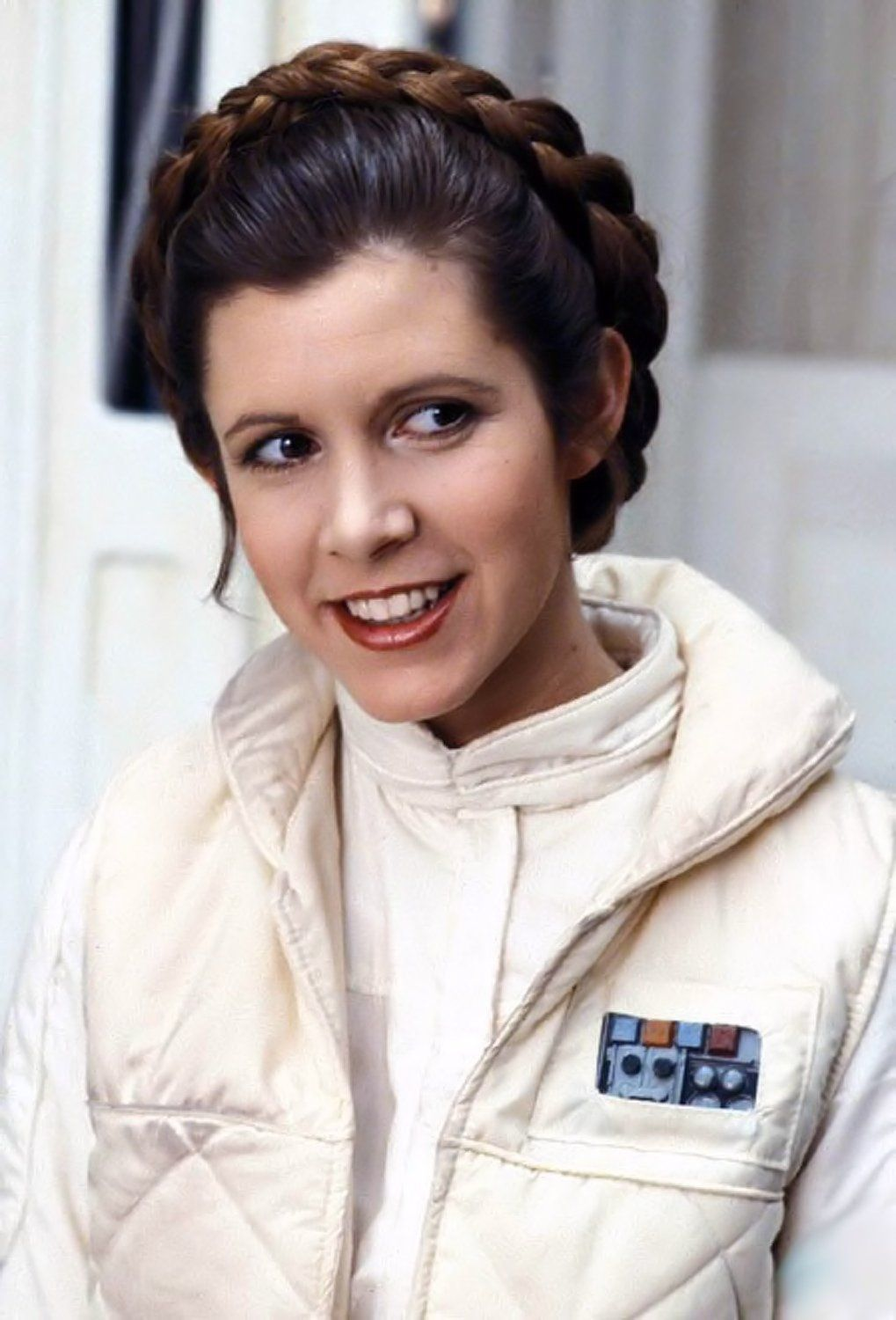 Another Princess Leah pin for my Star Wars board. Great Image Carrie Fisher (Princess Leia Organa Skywalker Solo). Carrie Fisher