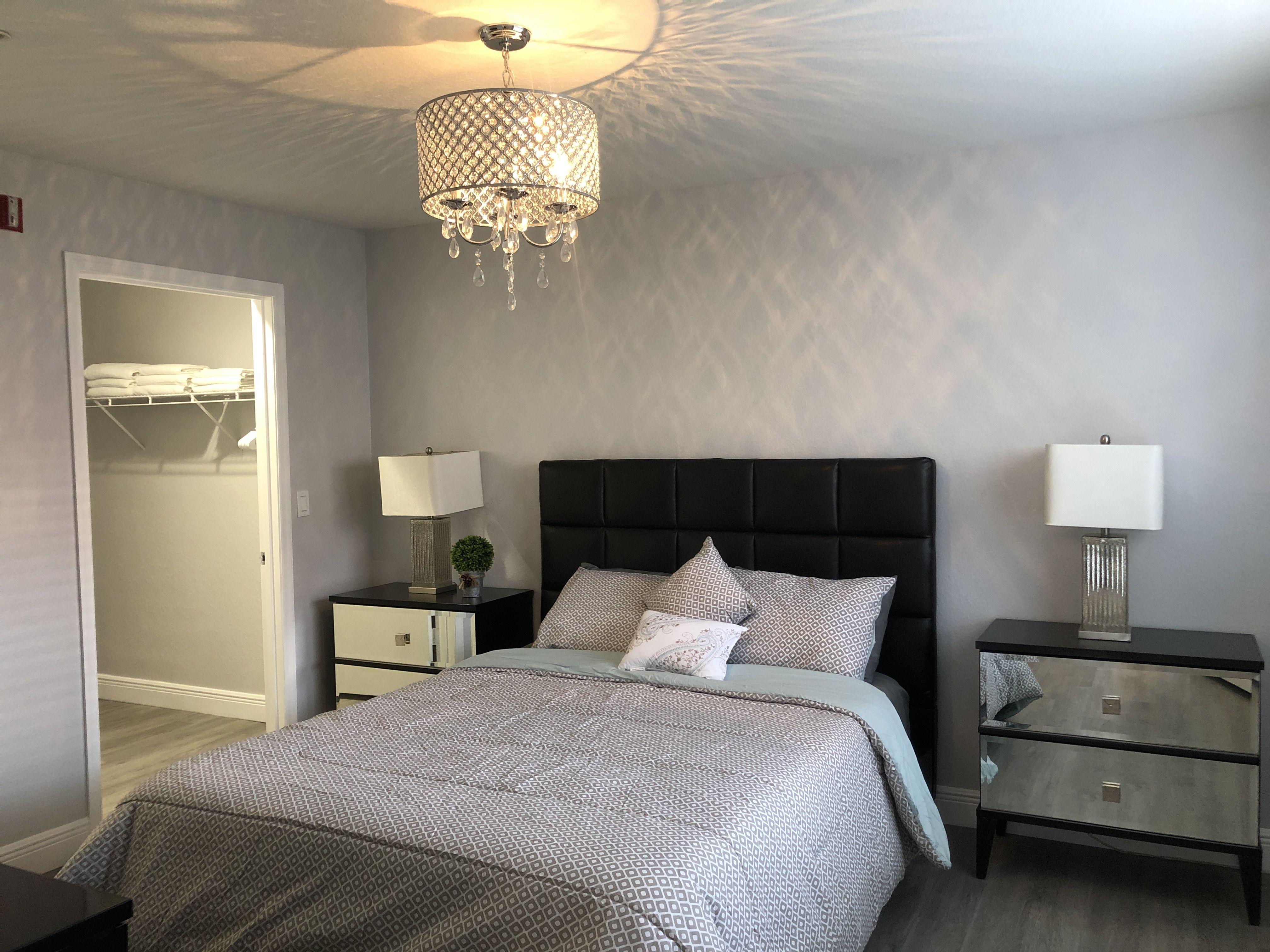 1 bedroom condo located in Metrowest. This resortlike