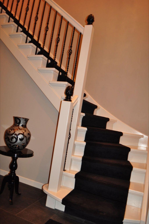 witte trap met zwarte spijlen google zoeken idee n voor het huis pinterest met and doors