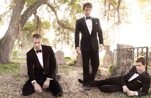 True blood hotties Alexander Skarsgard, Stephen Moyer & Ryan Kwanten - GQ by Mark Seliger, December 2009