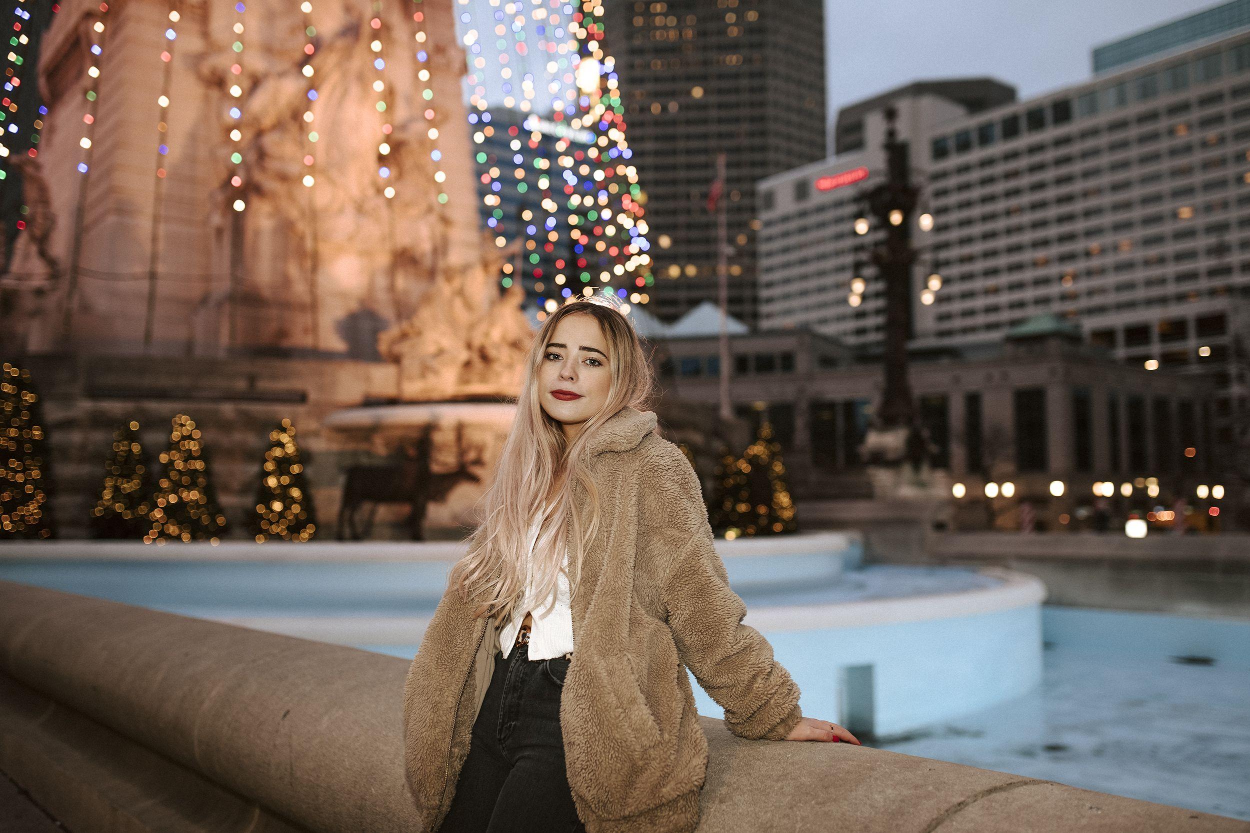 Fishers High School Christmas Break 2020 Pin on Senior Portraits // Caitlin Tyner Photography