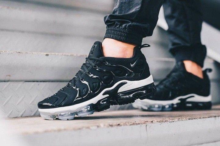 Nike air vapormax plus - black, white & anthracite ...
