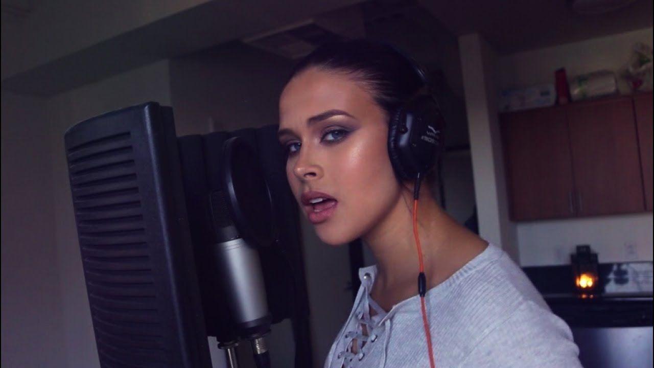 TRYING TO SING IN SPANISH (I don't speak Spanish) Becky G