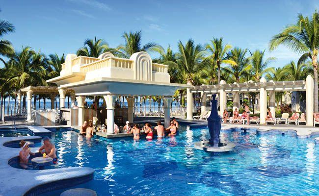 Hotel Riu Vallarta - Outdoor pool