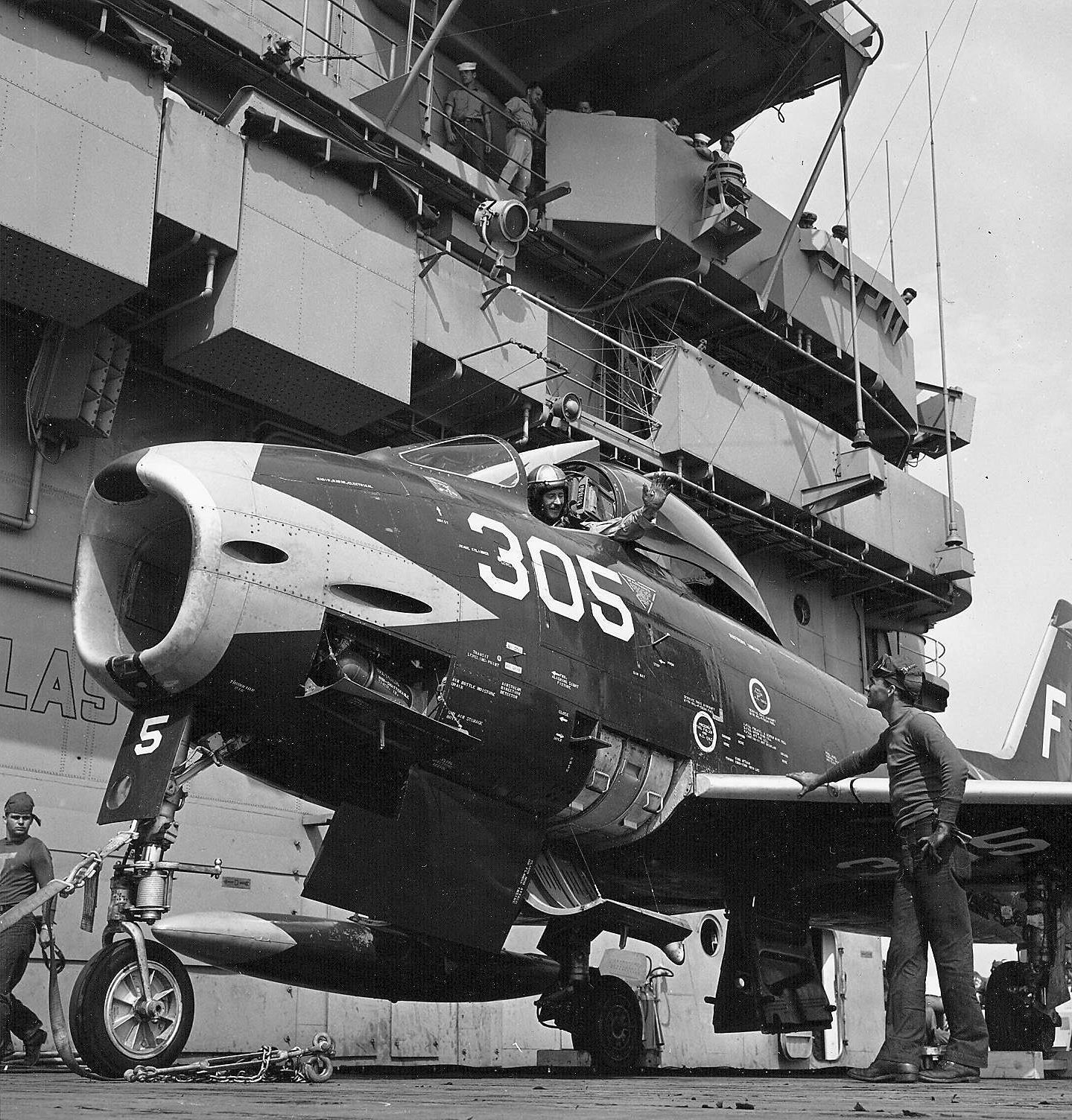 Us Navy Aircraft Carriers 1950s Yahoo Image Search Results Us Military Aircraft Aircraft Carrier Fighter Aircraft
