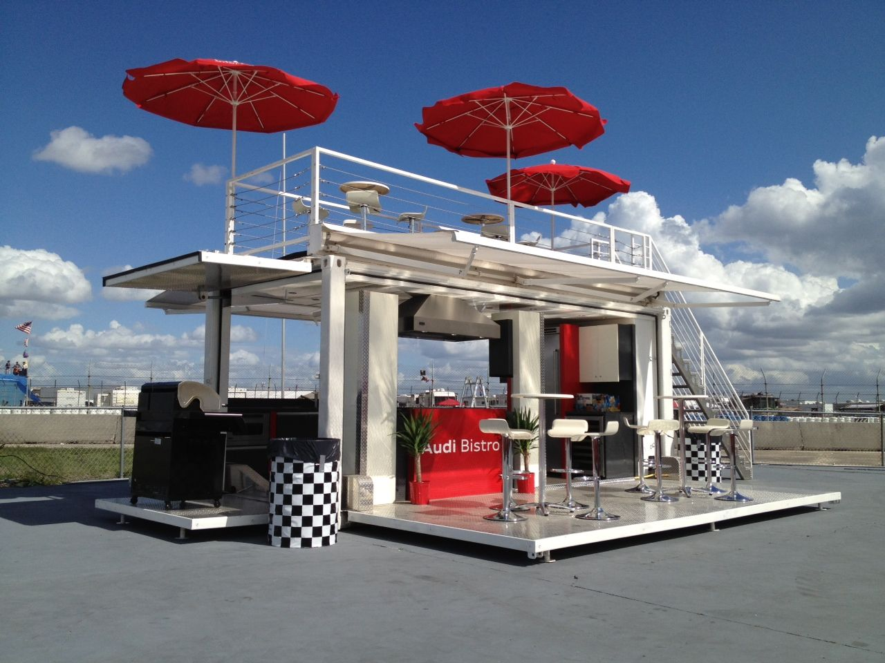 Audi Bistro With Vip Lounge On The Top Container Restaurant Container Coffee Shop Shipping Container