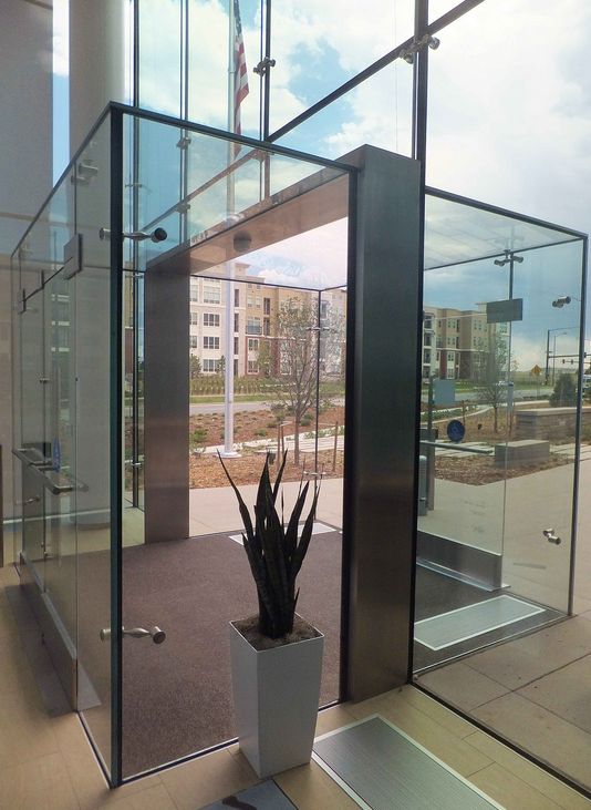 W Amp W Glass Facades Blog Great First Impressions With All