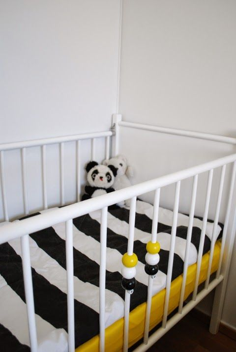 DecoDreamer's Diary: Vintage crib