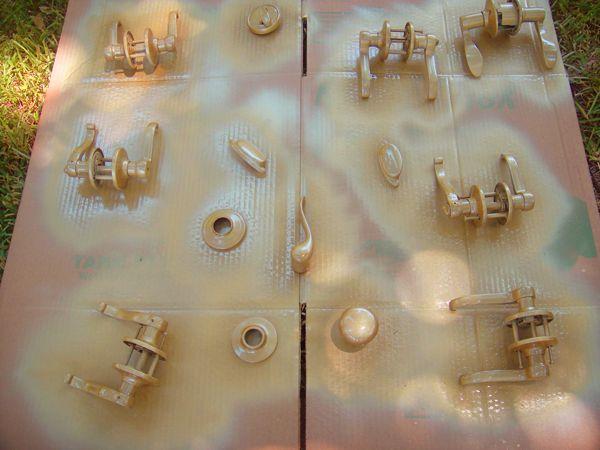 Painted door hardware. Rust-oleum Pure Gold. To go with her black doors & Painted door hardware. Rust-oleum Pure Gold. To go with her black ... Pezcame.Com