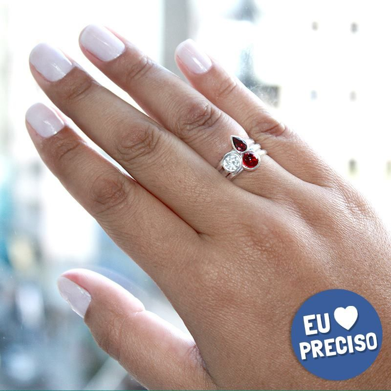 Quem não ama combinar anéis e deixar tudo ainda mais fashion?  Tenha os seus: ❥ http://www.pratafina.com.br/prod/anel-solitario-zirconia-20877/ ❥ http://www.pratafina.com.br/prod/anel-solitario-zirconia-20941/ ❥ http://www.pratafina.com.br/prod/anel-solitario-zirconia-20881/