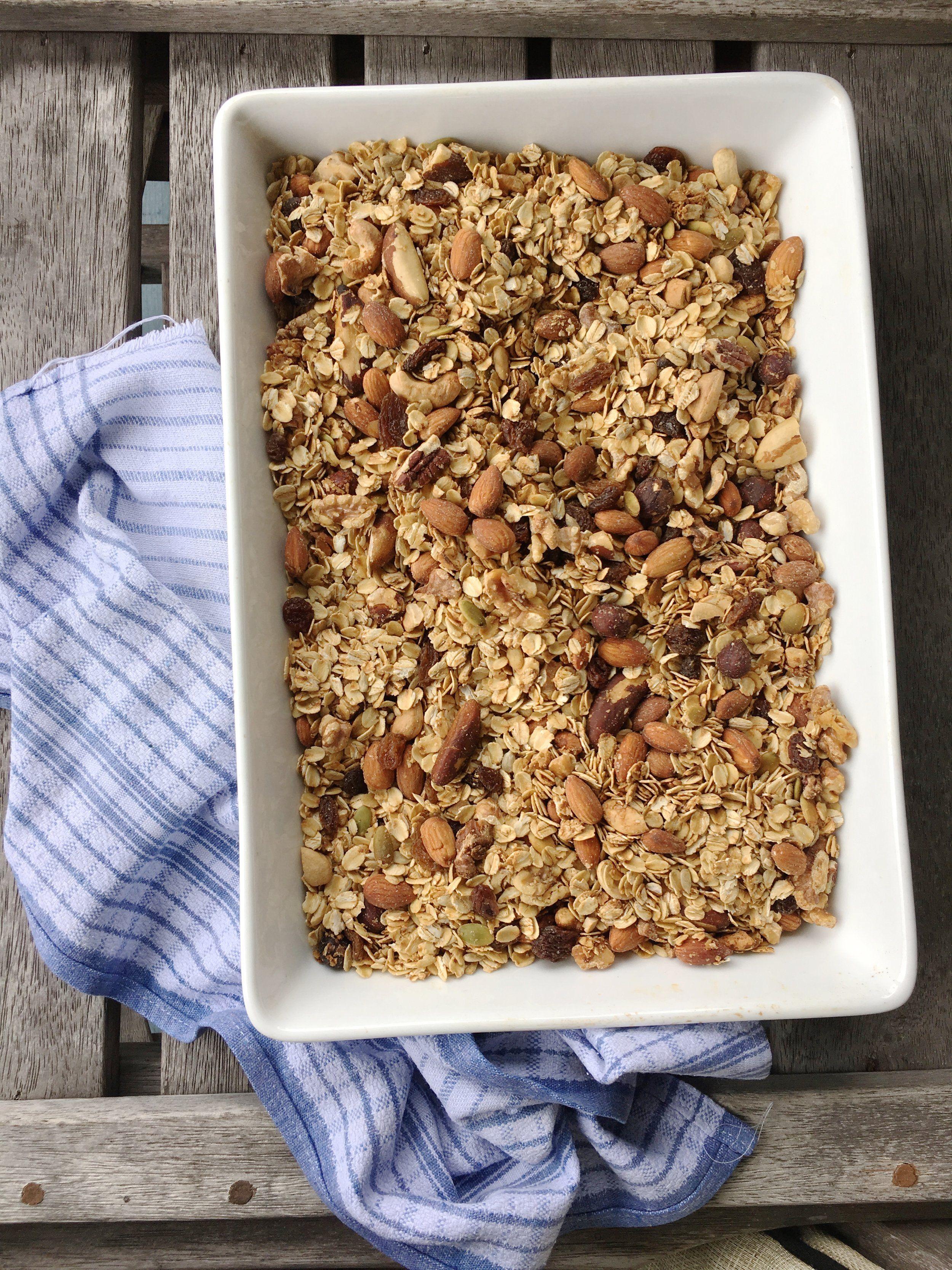 Homemade Toasted Muesli Lyndi S Healthy Granola Recipe Muesli
