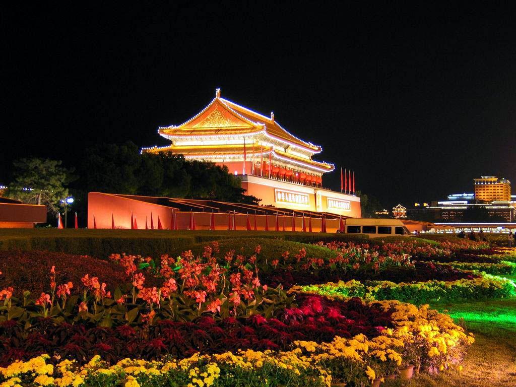 Картинки по запросу tiananmen beijing site:pinterest.com