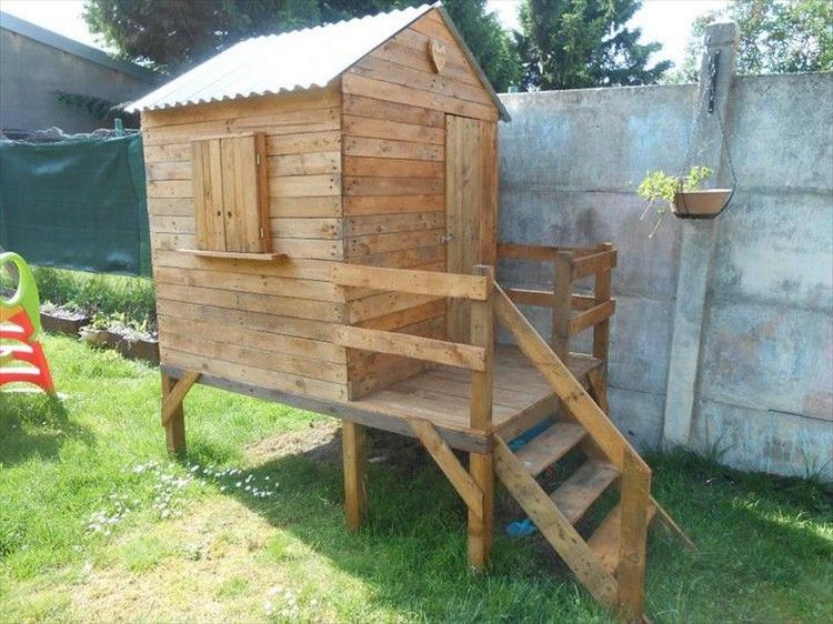 wooden pallet kids playhouse plans diy playhouse wooden pallets