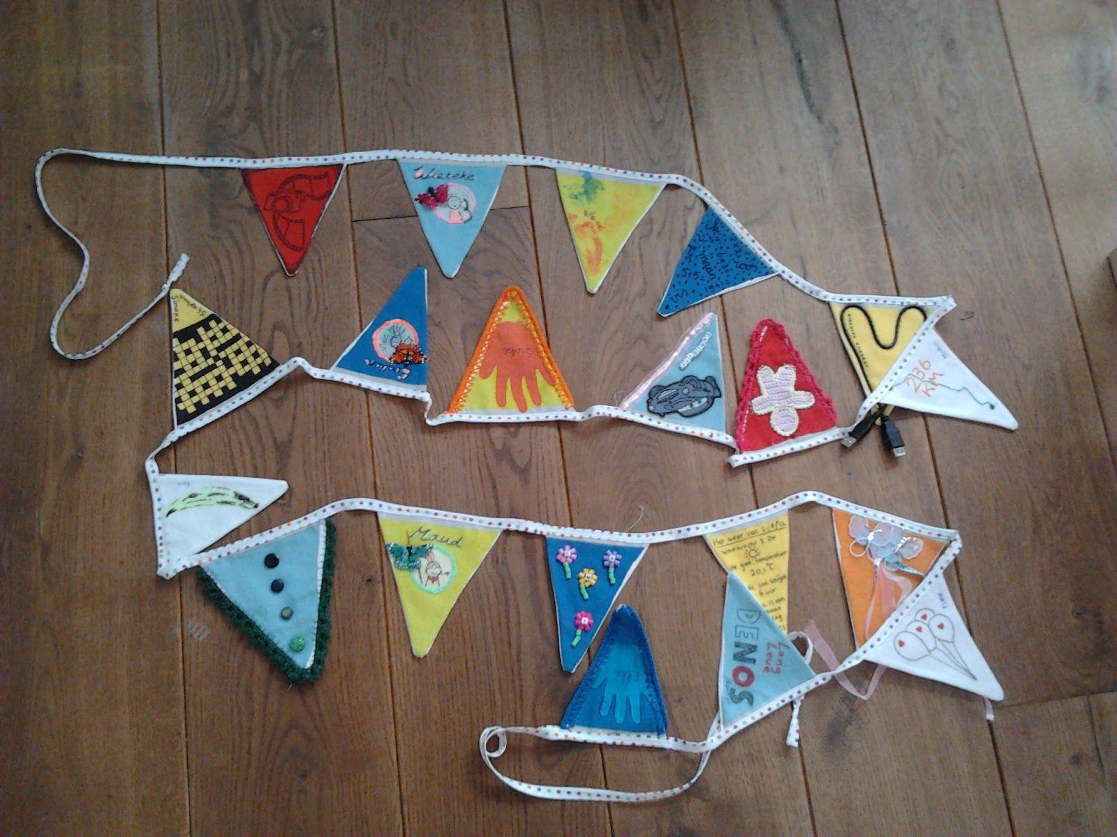 Meegestuurd met uitnodigingen en terug laten sturen, leuk idee! http://becced.blogspot.nl/