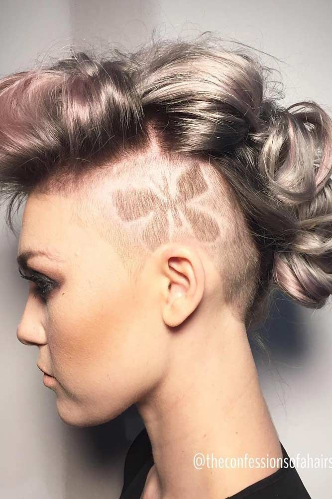 12 Badass Looks With A Mohawk Mohawks Short Hair Girls And Mohawk