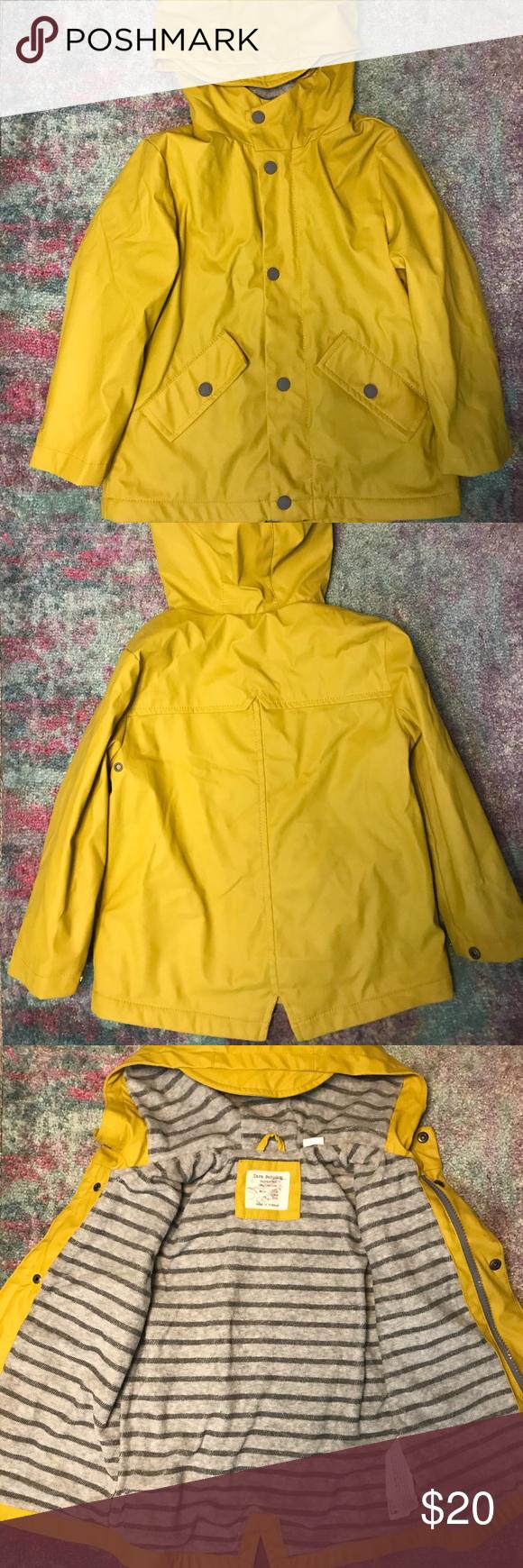 Zara Kids Raincoat Yellow raincoat SZ 3/4 Zara Jackets & Coats Raincoats ,  #Coats #Jackets #KIDS #raincoat #Raincoats #Yellow #ZARA #zarakidsshop
