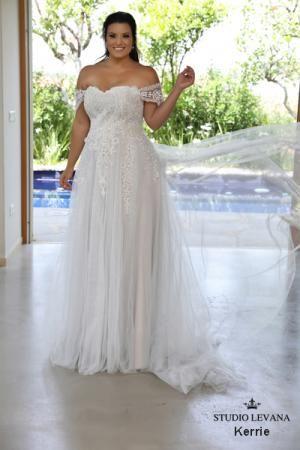 Plus size wedding gowns 2018 Kerrie (4) | My dream wedding | Pinterest