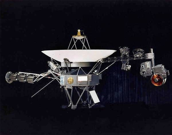 Voyager: Looking Backward and Forward -- http://www.centauri-dreams.org/?p=26937