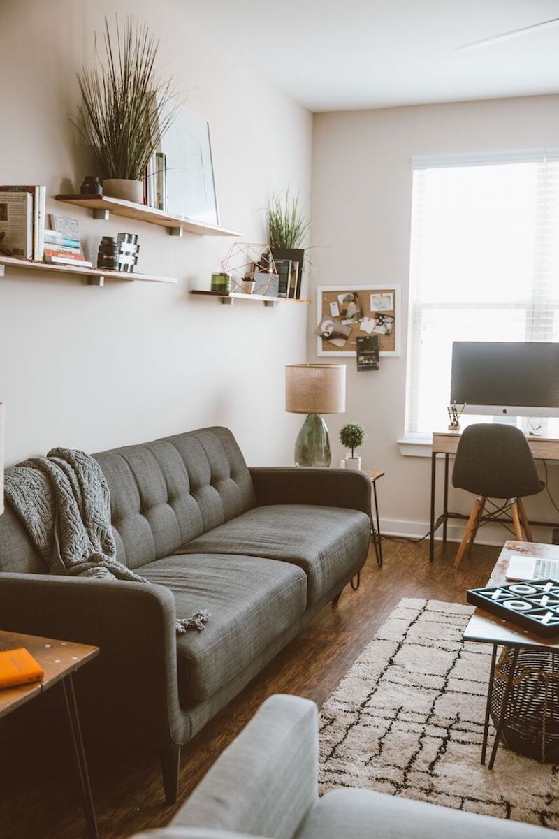Livingroom livingroominspo ekiuwaevbuomwan houseofevbuomwan theeverygirl also how an atlanta couple merged their styles and nailed ultra cool rh pinterest