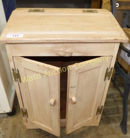Lot 717 Wooden Clothes Hamper Diy Furniture