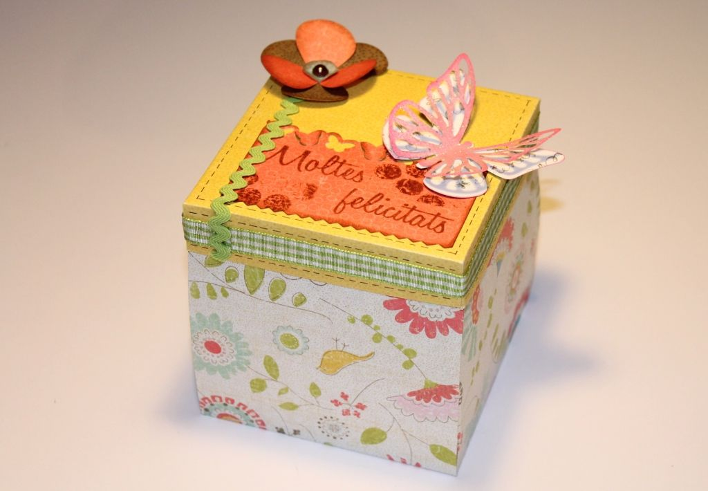 Cajitas sorpresas para felicitar cumplea os aprender for Facilisimo com manualidades