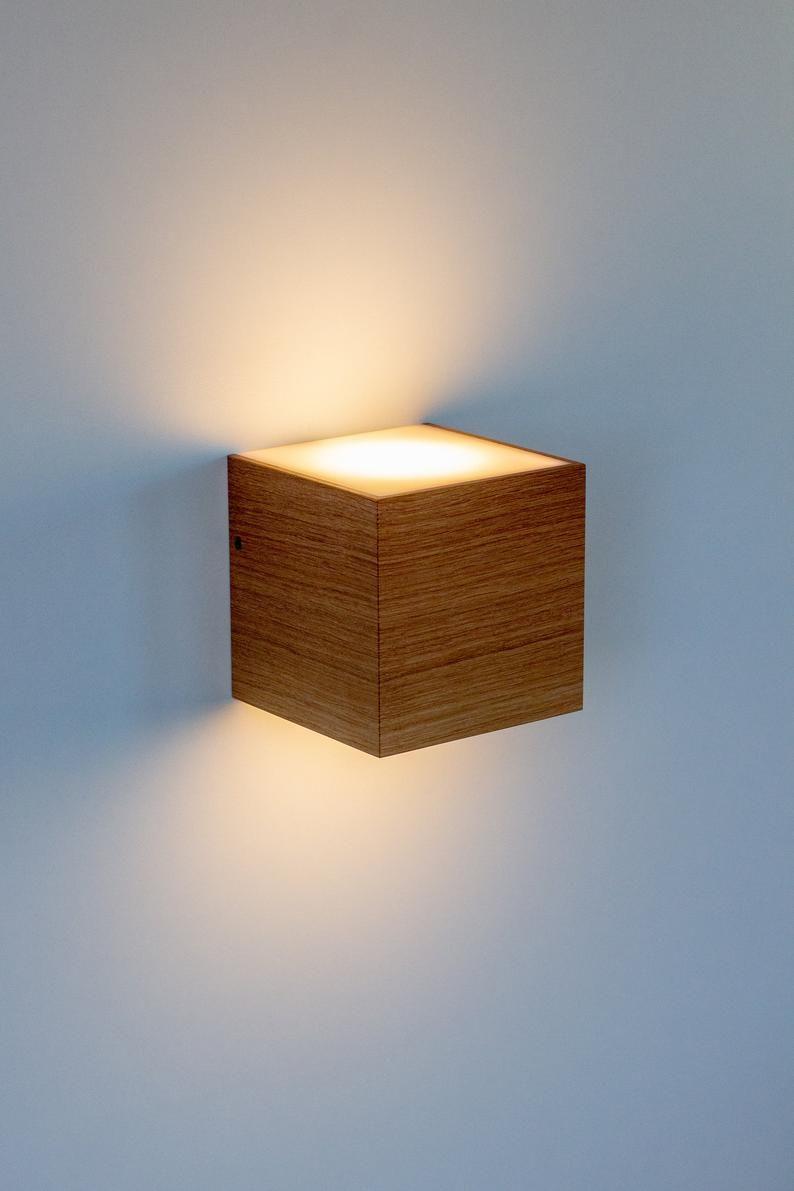Design Wall Lamp Cube Solid Oak Wood Handmade In 2020 Mit Bildern Wandleuchte
