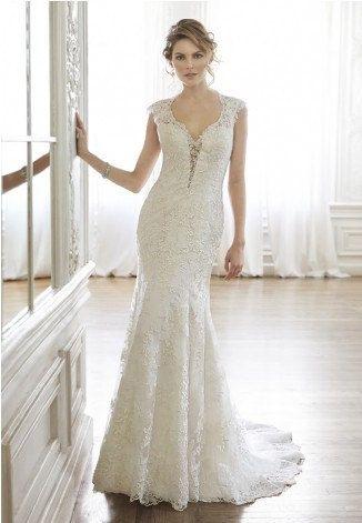 https://flic.kr/p/BfALjo   Trouwjurken   Trouwjurken vintage, Moderne Trouwjurken, Korte trouwjurken, Avondjurken, Wedding Dress, Wedding Dresses   www.popo-shoes.nl
