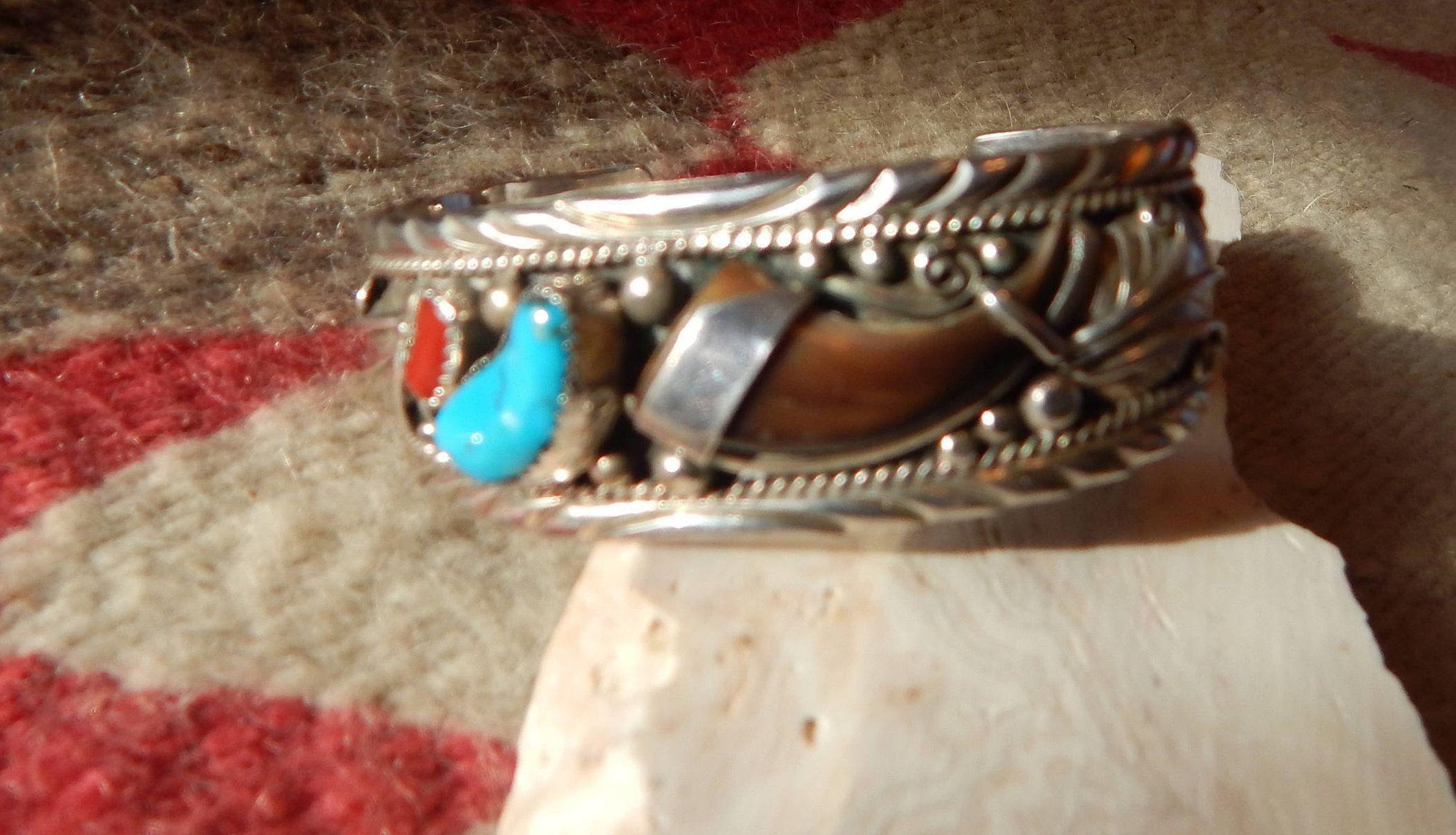 Southwestern western jewelry claw turquoise bracelet cuff