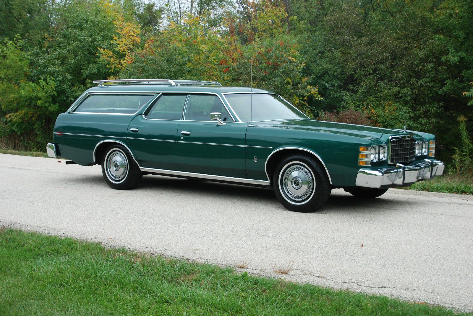 1978 ford ltd wagon with 67k original miles and in original dark jade metallic paint a real beauty