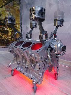 Engine Table Block Led Light V6 Metal Art Piston Skull Bottle Holder Car Part Furniture En 2020 Deco Garage Deco Voiture Meubles Automobile