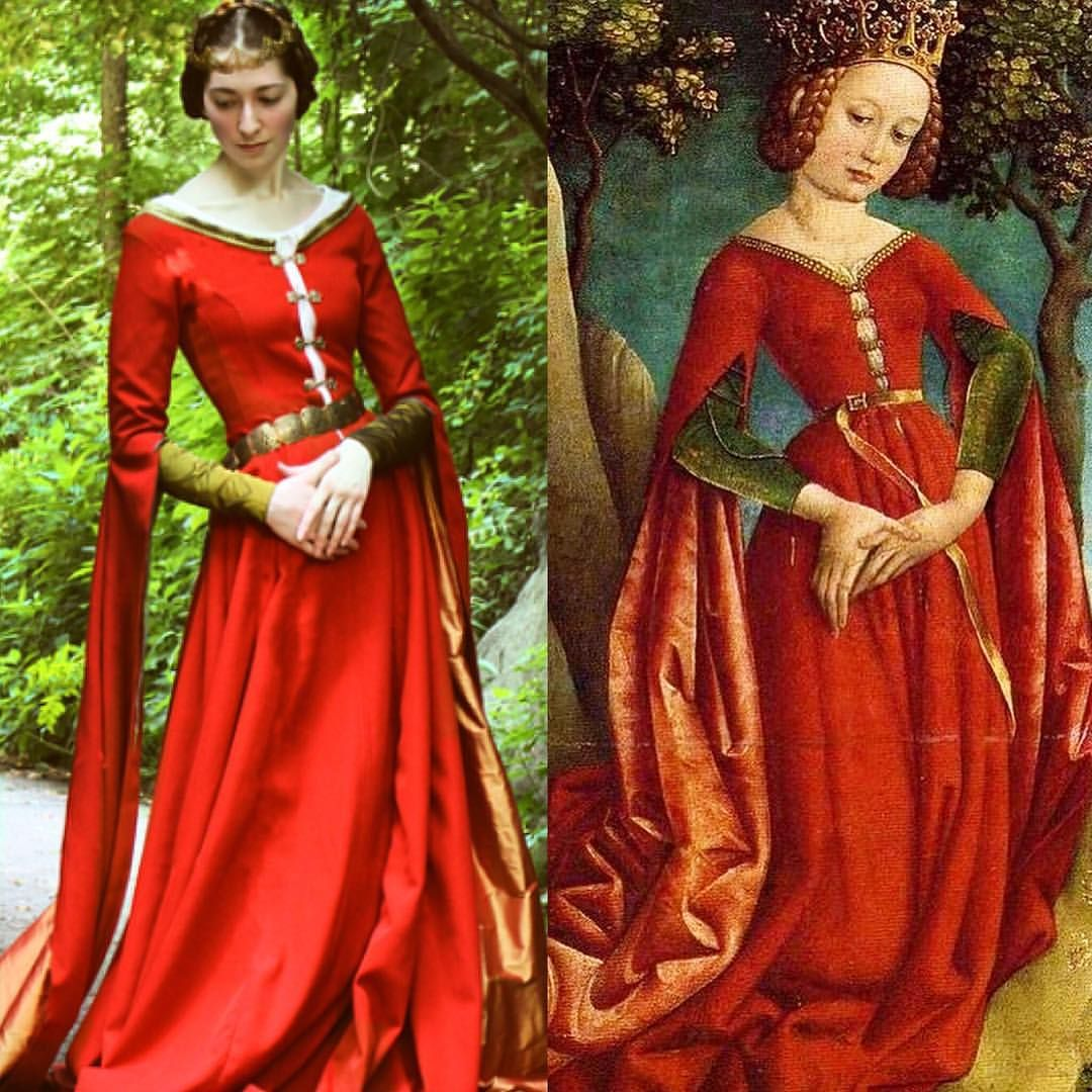 A Much Needed Side By Side I M So Thrilled With How This Project Turned Out Yes There Are Many Many Medieval Fashion Medieval Clothing Renaissance Fashion